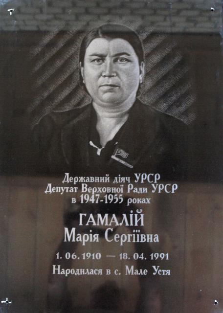 1983599